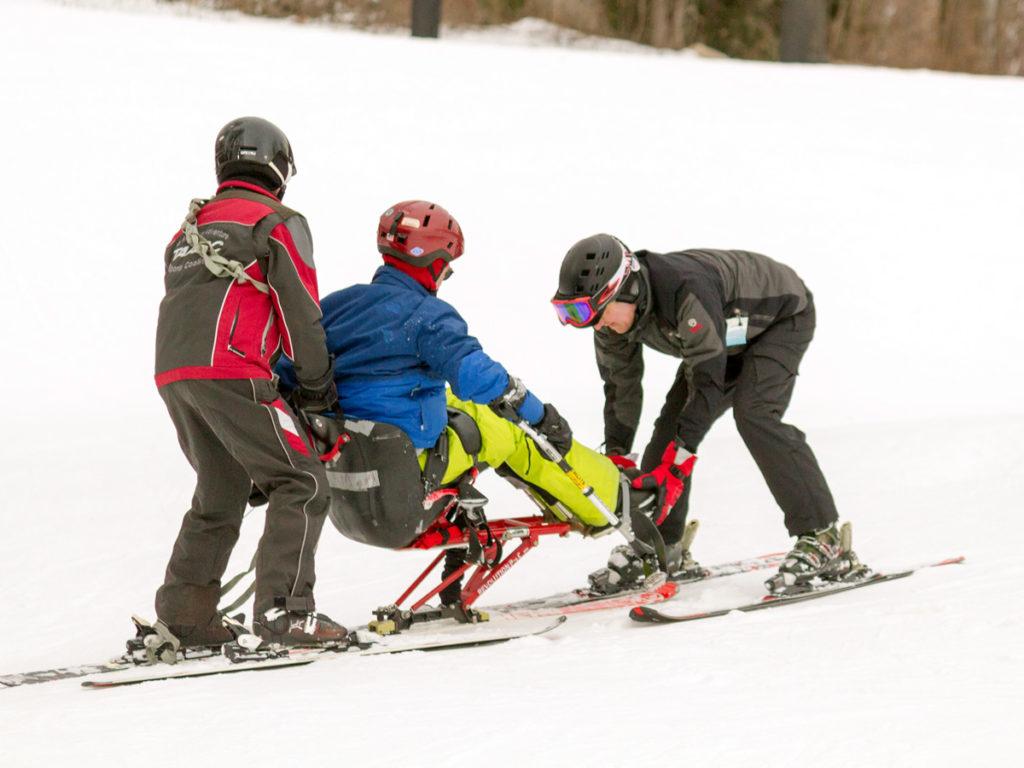 ski-volunteer2